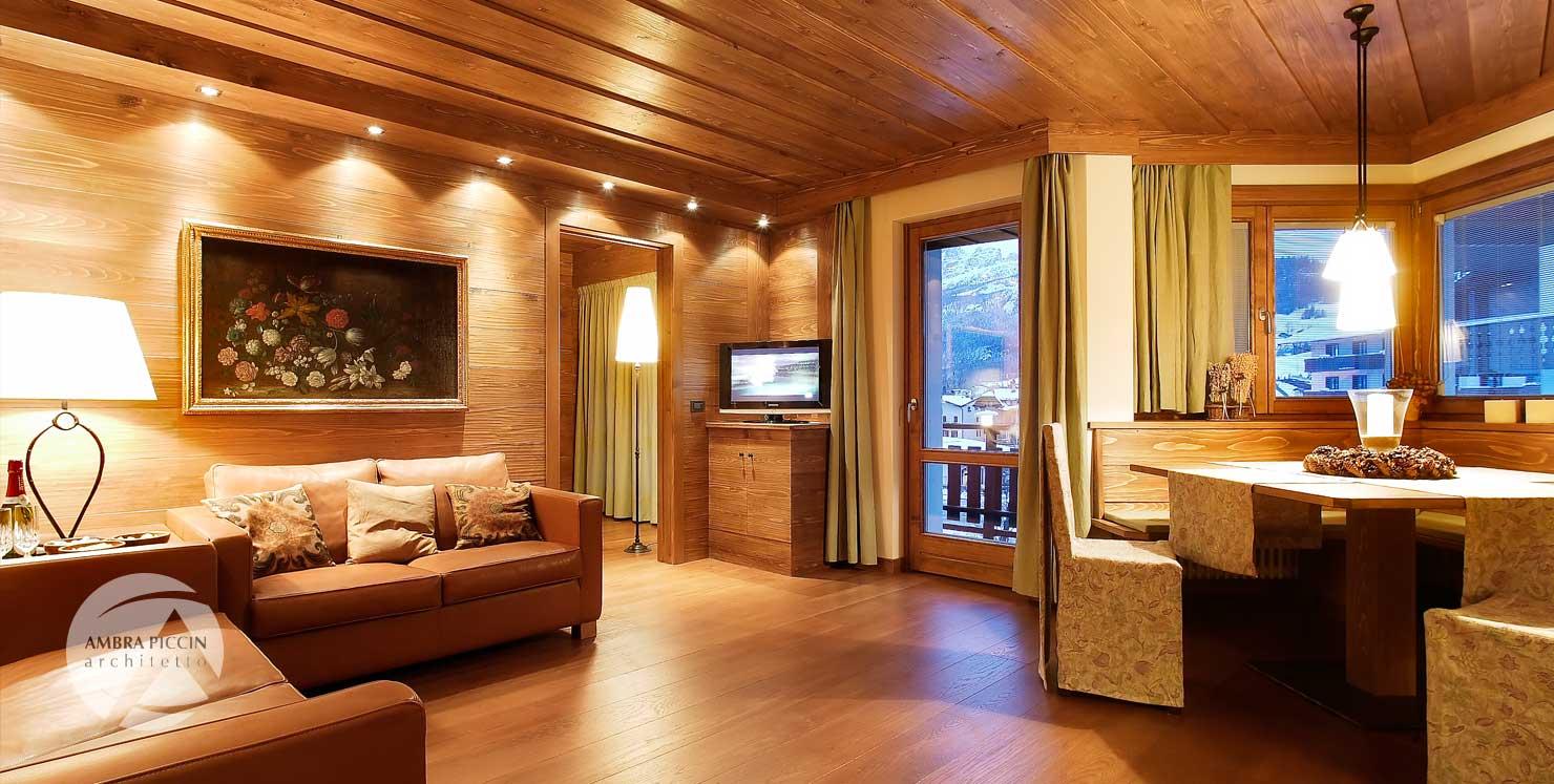 Arredamento moderno in legno a Cortina